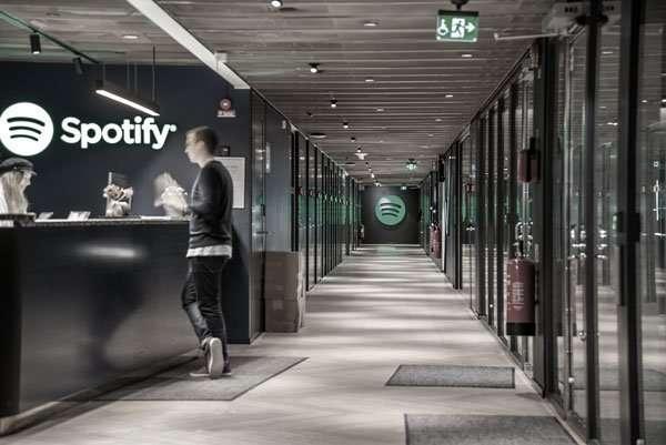 Spotify crea una unidad de negocio en España para producir podcasts propios