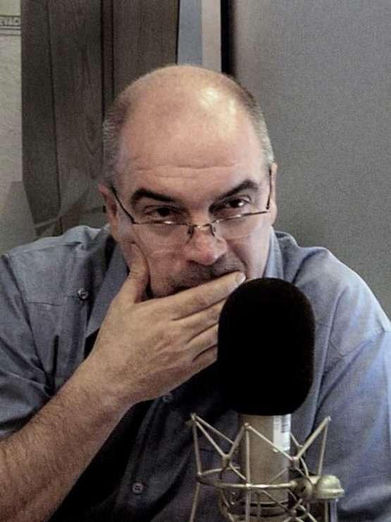 Carlos Puig El periodismo de investigación llega a los podcasts